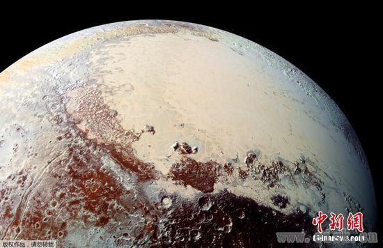 NASA探测器发回了最新的冥王星照片