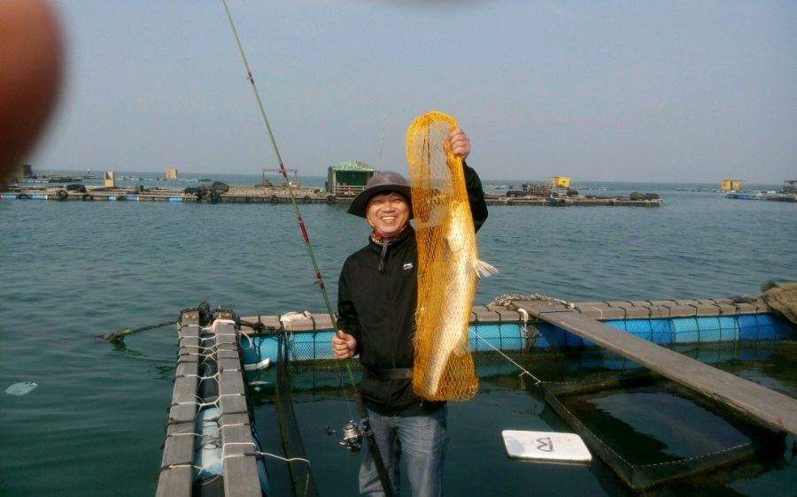 巨物出水了,老伦新纪录的诞生9斤鳘鱼!