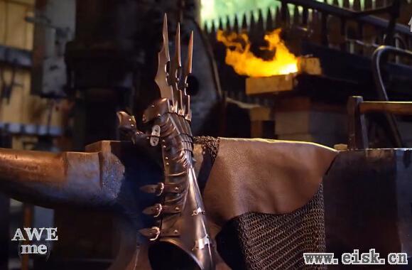 锻造大师打造极品武器 金刚狼的抓勾