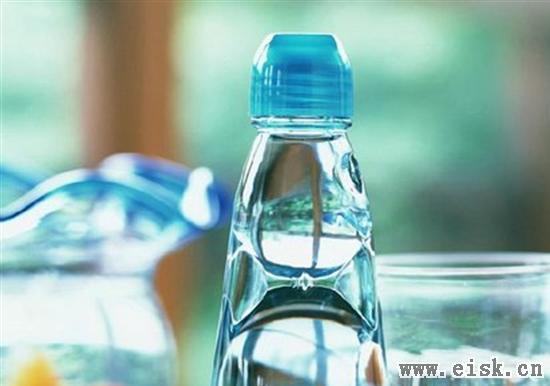 小科普:如果我们停止喝水会怎样?