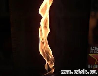 俄罗斯人教你如何制作火焰龙卷风