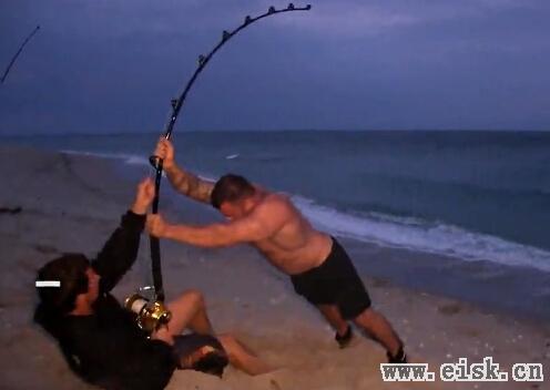 全球钓鱼视频精选 10个精彩钓鱼瞬间