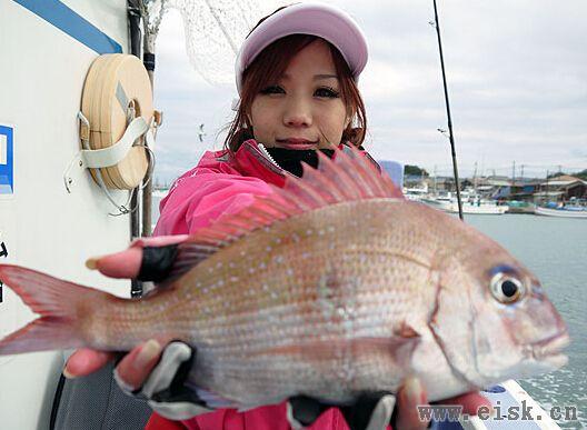 《Rapala游钓世界—日本篇》漂亮的女钓手