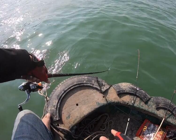 阳江港口船筏,好久没钓到这么多鱼了
